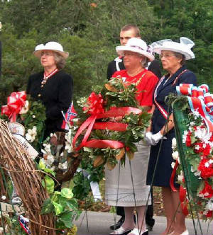 wreathlaying2004.jpg